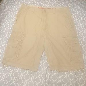 Light khaki Unionbay shorts